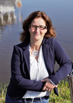 Marion Hinrichs Immobilienberaterin Schlangen Immobilien